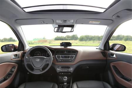 Hyundai i20 2014 - techo panorámico
