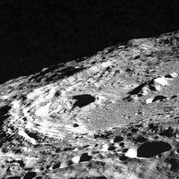 Hay más agua en la Luna de la que pensábamos: una investigación plantea la existencia de millones de toneladas de hielo