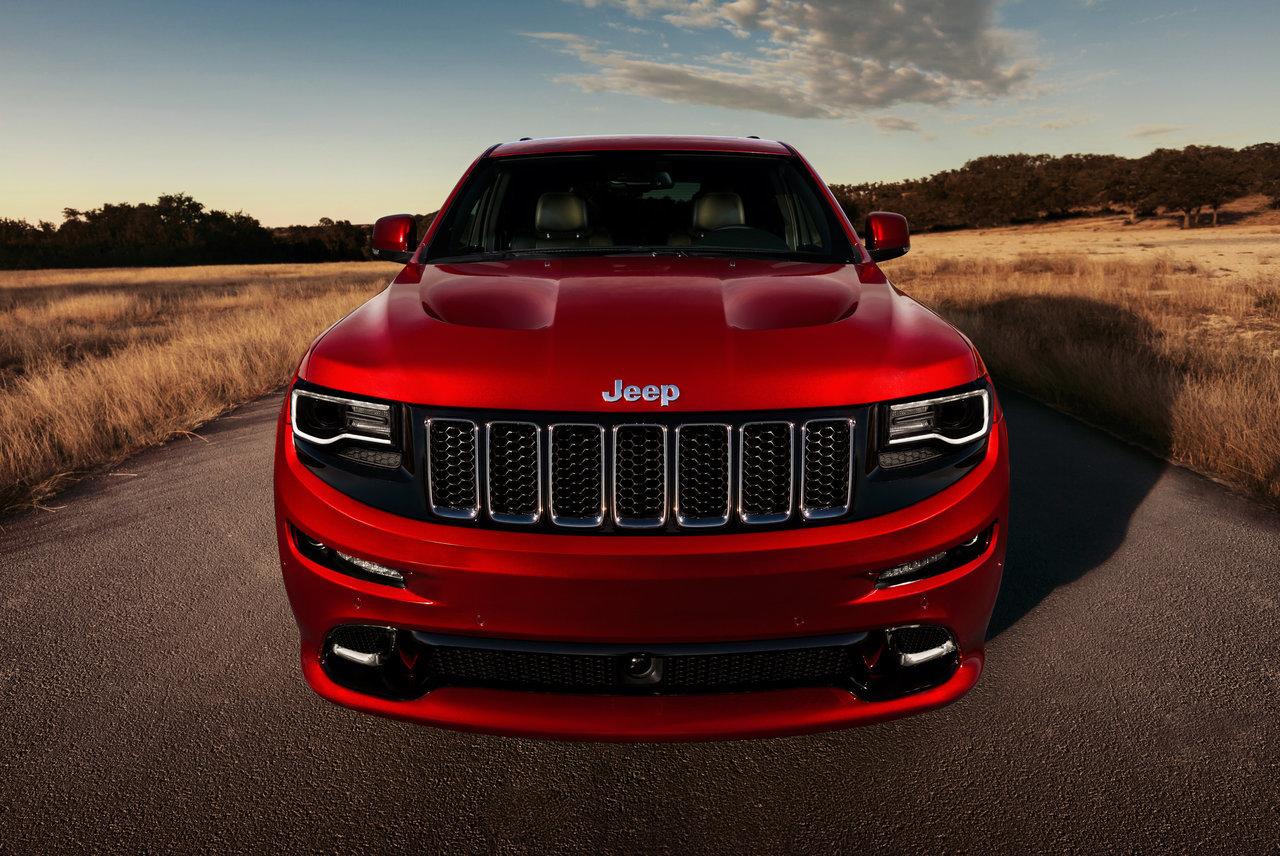 Foto de 2014 Jeep Grand Cherokee SRT (6/41)