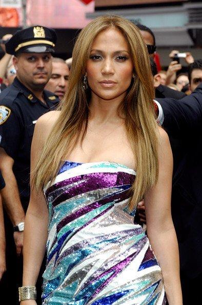 Las lentejuelas y Emilio Pucci están de moda: ahora Jennifer López I