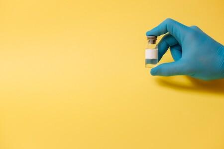CanSino vuelve a defender que la caída de anticuerpos de su vacuna contra COVID no está probada, pero admite que es probable