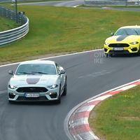 ¡Pillado! El Ford Mustang Mach 1 ya está en Europa, y así ruge en Nürburgring ultimando su desarrollo