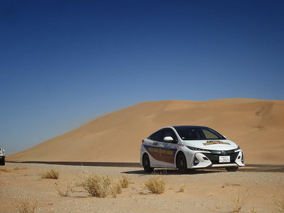 El Prius, desde la torre Eiffel hasta el desierto del Sáhara