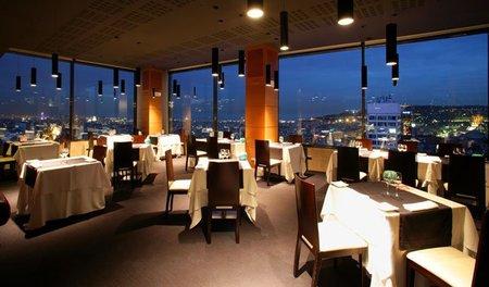 Menu de Nochevieja de siete platos en el Restaurante-mirador Visual, Barcelona