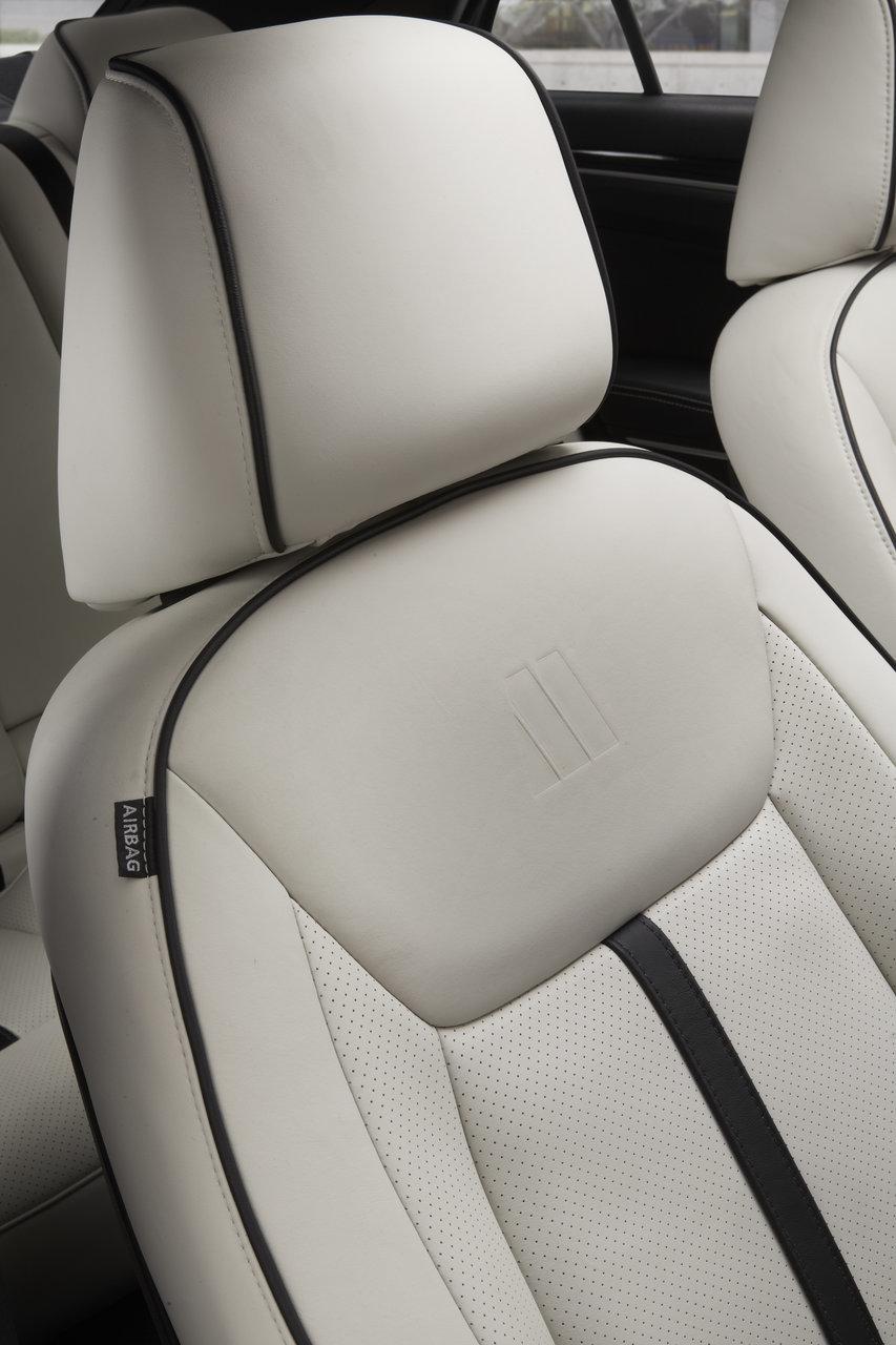 Foto de Chrysler 300C Motown Edition (19/21)