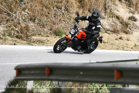 Scrambler Ducati Sixty2 033