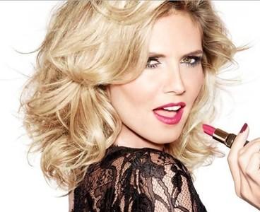 Heidi Klum presenta su primera barra de labios de la mano de Astor