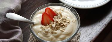 Cuántas proteínas tienen  los yogures vegetales: estas son las principales diferencias nutricionales con los yogures lácteos