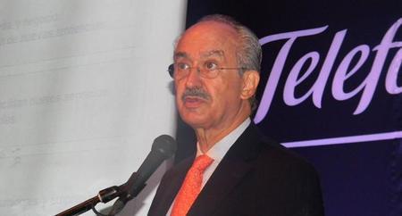 Telefónica pide mayor regulación a Telcel