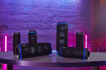 Sony amplía su gama de altavoces portátiles EXTRA BASS con tres nuevos modelos que podrás usar en el jardín