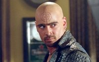 Colin Farrell es un vampiro en el remake de 'Noche de miedo'