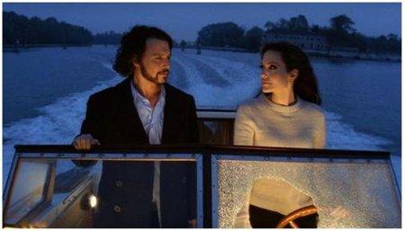 Angelina Jolie y Johnny Depp, ¿nuevo escándalo amoroso en Hollywood?