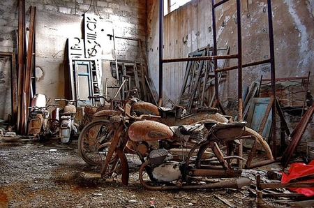 Roba una moto y la pone a la venta en Facebook