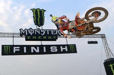 Antonio Cairoli y Jeffrey Herlings se adjudican la segunda ronda del Campeonato del Mundo de Motocross  2013 en Tailandia