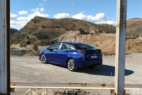 Toyota Prius 4G, a prueba: tan rompedor como el primer Prius