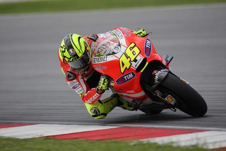 Rossi Vs Lorenzo Ducati 2