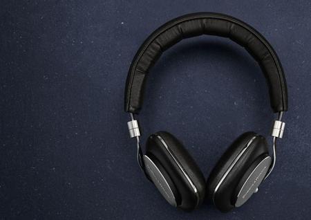 Bowers & Wilkins ha rediseñado dos de sus auriculares más interesantes: los P5 y C5