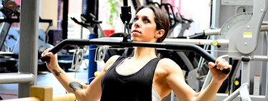 Los 11 mejores ejercicios para entrenar tu espalda en el gimnasio