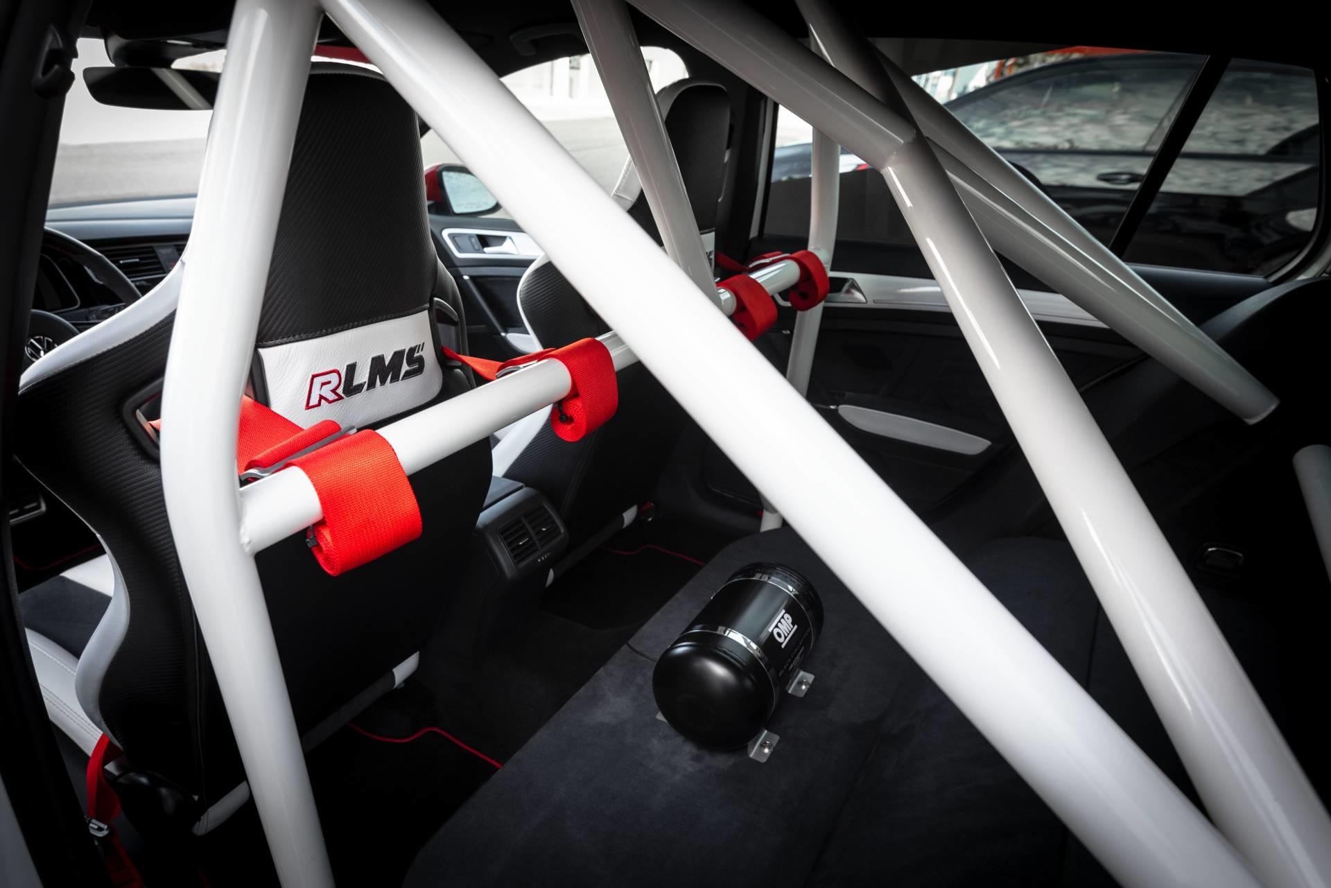 Foto de APR Volkswagen Golf RLMS (14/15)