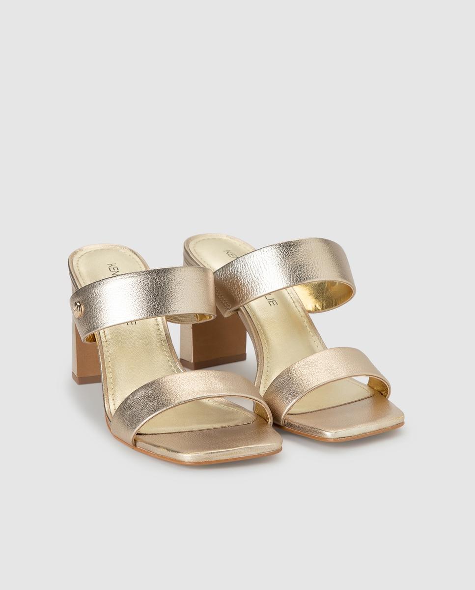 Sandalias de tacón de mujer Kendall+Kyle en oro con acabado metalizado