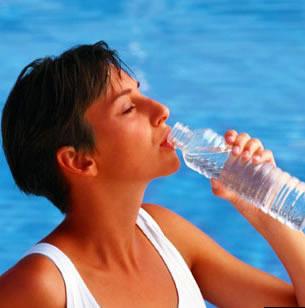 Potomanía, los efectos negativos que el agua puede tener en nuestra salud