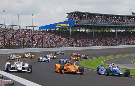 Indy 500: Un motor Honda vuelve a frustrar los sueños de Fernando Alonso