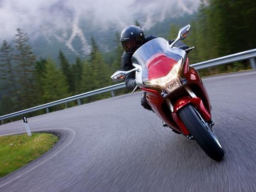 HondaVFR1200F:Hondapresentasufuturo
