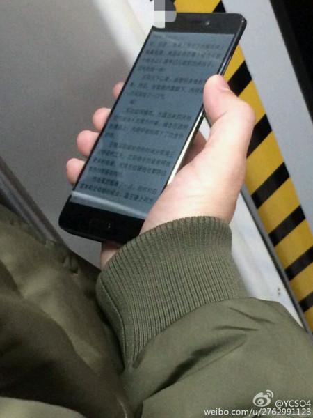 Xiaomi Mi5 Noir 01