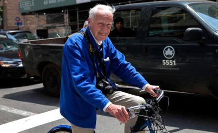 Bill Cunningham, diseccionando la sociedad a través de la moda a pie de calle