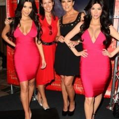Foto 3 de 5 de la galería kim-kardashian-cera en Poprosa