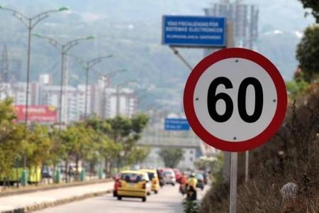 Con falsas fotomultas delincuentes informáticos buscan extraer datos personales de colombianos