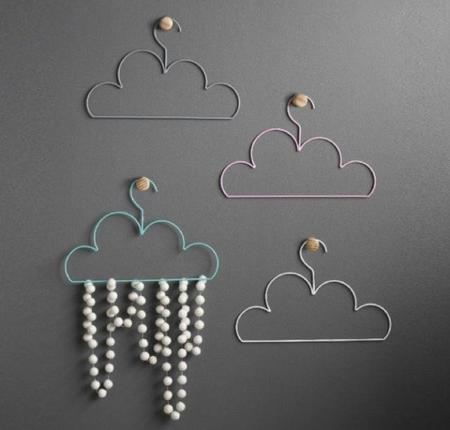 Cloud Coathangers Tea Pea