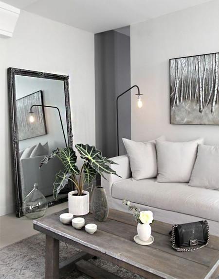 17 ideas de c mo colocar un espejo en el sal n de tu casa Decoracion de salas con espejos en la pared