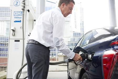 Una gran red europea para el coche de hidrógeno: así es el plan de 11 compañías de gas para conectar más de 23.000 km de gasoductos