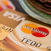 """Tarjetas """"revolving"""": así se comen el dinero de sus dueños"""