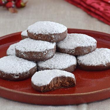 Análisis nutricional de un polvorón y de un mantecado: los dulces más tradicionales de la Navidad