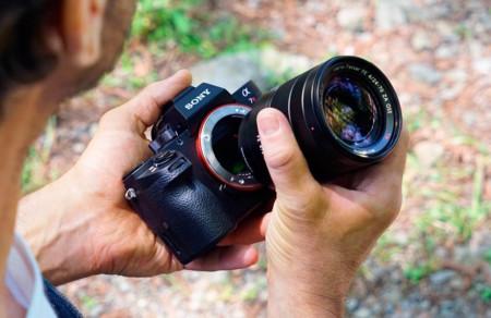 Sony trae a México su trío de cámaras avanzadas 2015: A7R II, RX100 IV y RX10 II