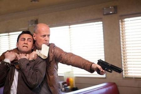 Imagen de Bruce Willis y Joseph Gordon-Levitt en