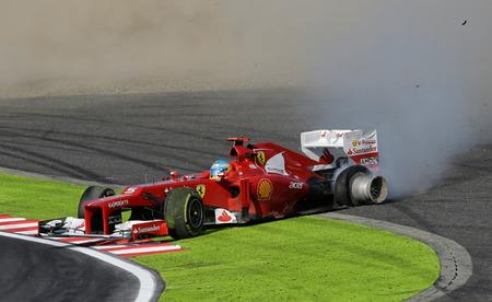 ¿Fue el toque entre Fernando Alonso y Kimi Raikkonen premeditado? ¿Estamos locos?