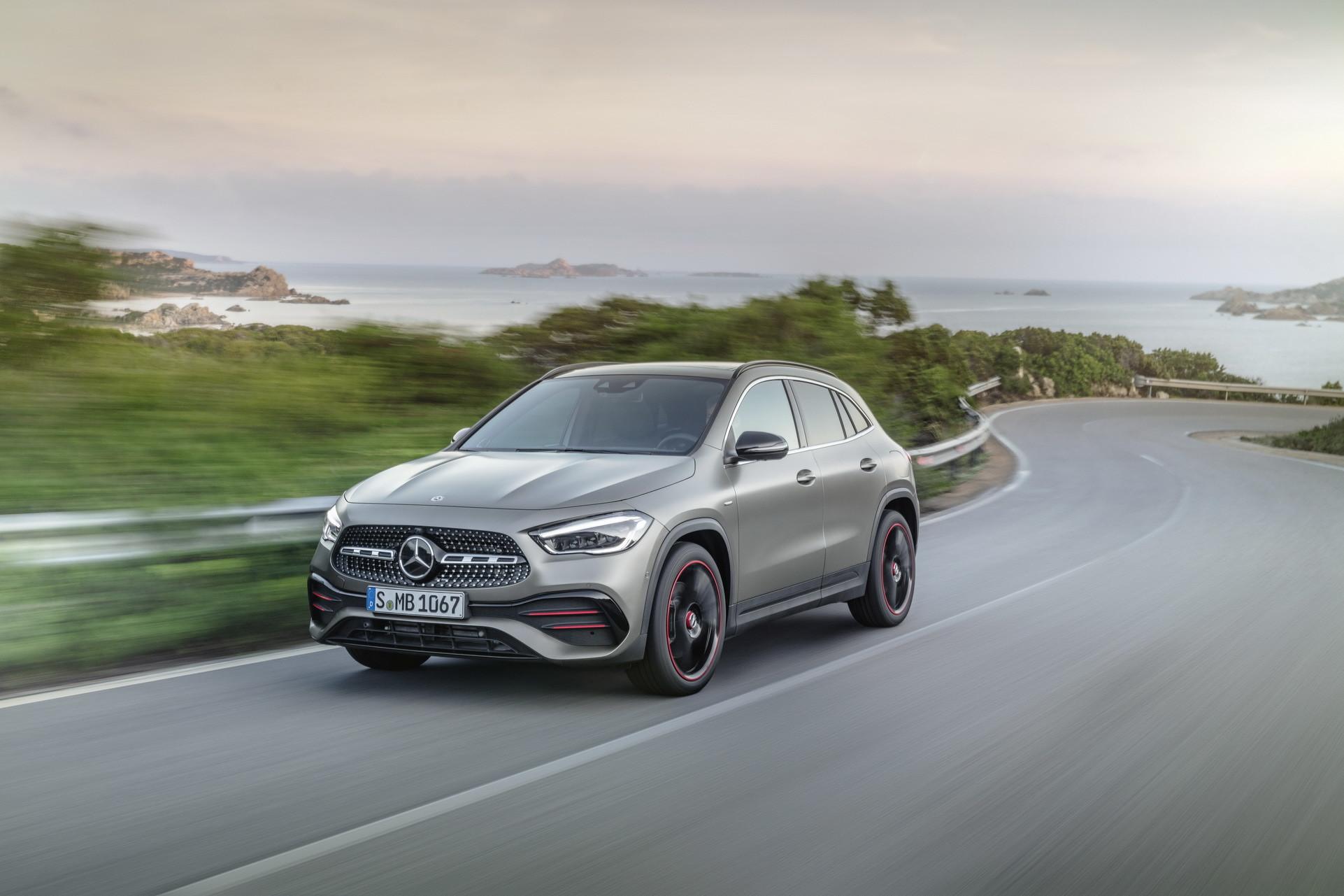 Foto de Mercedes-Benz GLA 2021 (39/103)