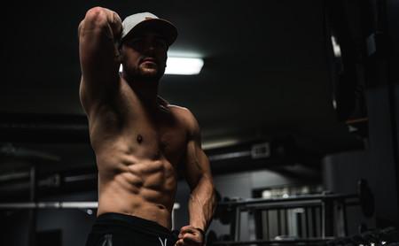 Cinco ejercicios para trabajar tus oblicuos en el gimnasio
