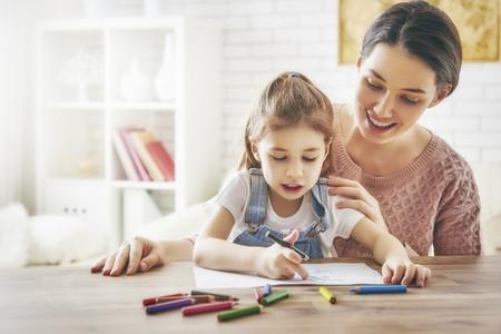 Un buen aprendizaje en casa durante la edad preescolar beneficia el desempeño académico en la adolescencia