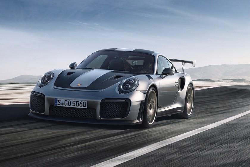 Dolorpasión: el hundimiento de un barco acaba con cuatro Porsche 911 GT2 RS