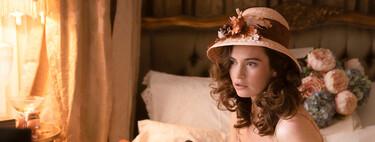 'A la caza del amor', la miniserie romántica y de época de Lily James en Movistar+, es un divertido flechazo ideal para maratón
