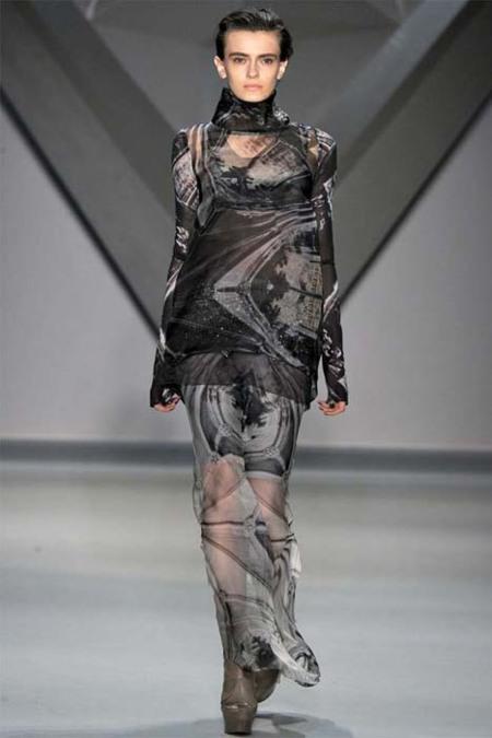 Vera Wang Otoño-Invierno 2012/2013: una colección con la luz apagada