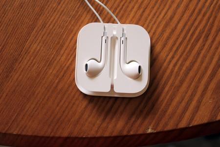 Inundar el mercado de auriculares equipados con Google Assistant, el plan de Alphabet y Qualcomm
