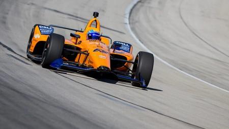 El calvario de Fernando Alonso en su regreso a Indianápolis: lluvia, avería del McLaren y peor tiempo de la sesión