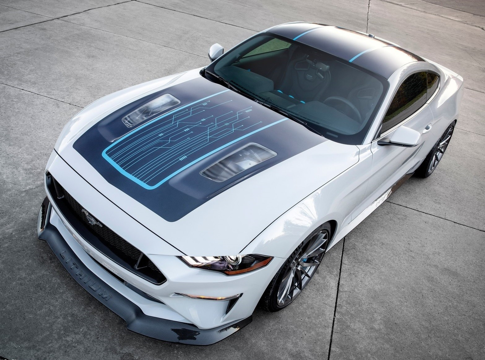 Foto de Ford Mustang Lithium (1/7)