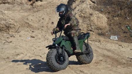 Esta moto rusa de bolsillo con tracción total, 7 CV y 1.500 euros podría llegar a Europa