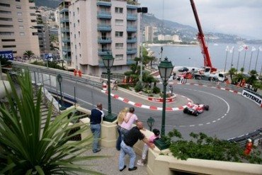 Schumacher saldrá último mañana